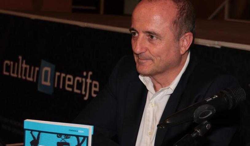 """Miguel Sebastián presenta su libro """"La falsa bonanza"""" (20)"""