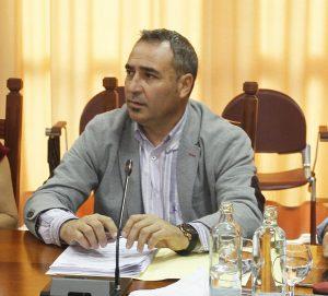 Angel-Vázquez-portavoz-del-Grupo-Popular-en-el-Cabildo-de-Lanzarote