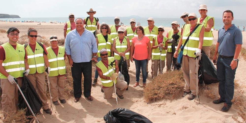 limpieza Playa Mujeres