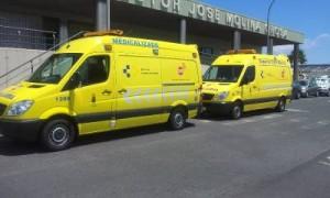 Ambulancias del SUC en el Hospital Doctor José Molina Orosa