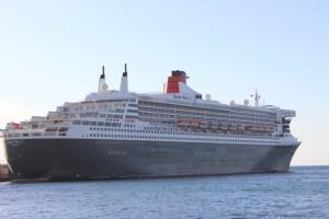 Queen Mary 2 Arrecife