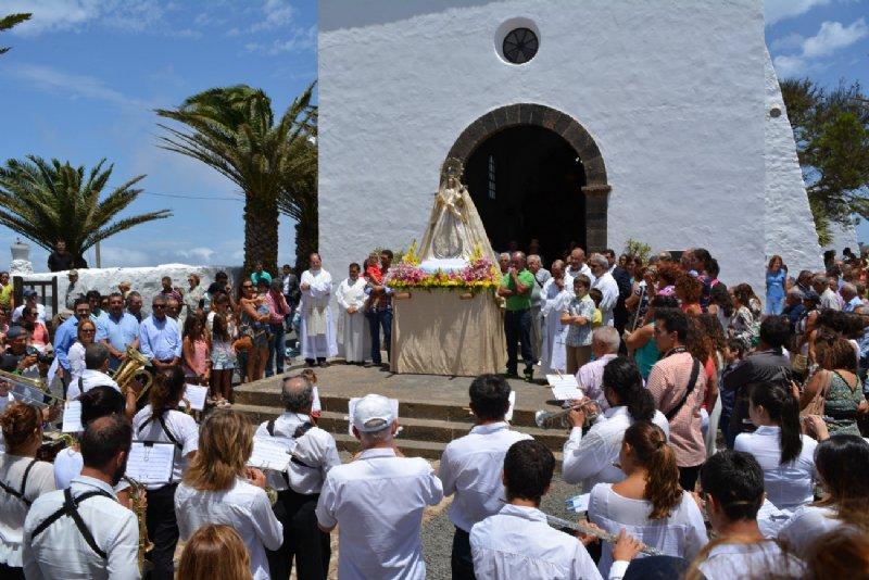 procesion-dia-de-las-nieves